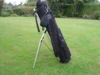 Small golf bag and stand