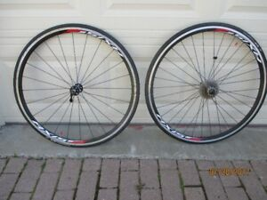 Axis 2.0 DT Swiss Wheelset for Sale