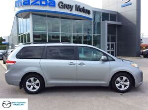 2011 Toyota Sienna LE 8 Passenger, Dual Power doors, Front and R