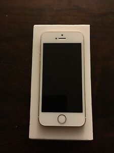 IPhone SE 16 GB - Eastlink (Gold)