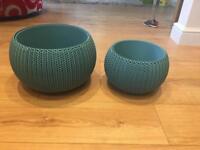 Keter plant pots
