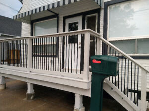 3 Bed / 2 Bath Apartment in South Welland with Jacuzzi Tub