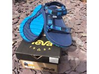 Teva Boys' Hurricane 2 C's Hiking Sandals UK size 13 - New