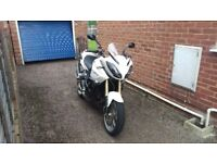 Triumph Tiger 1050 SE - low mileage - loaded with accessories