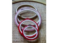 5 embroidery display hoops-in various sizes and colours.