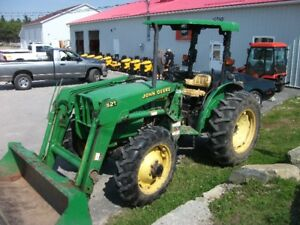 John Deere 5105 4x4 with loader