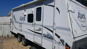 2014 Travel Trailer Hybrid