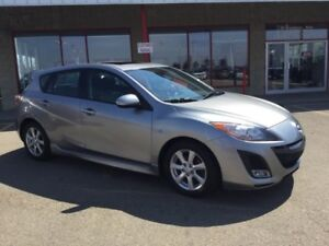 2010 Mazda Mazda3 SPORT Accident Free,  Sunroof,  Bluetooth,  A/