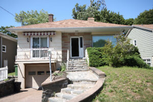 Spacious 3 Bedroom Halifax Home - Heat & Water Included