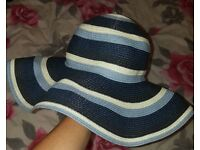 £5 Summer beach hat. John Lewis. letni kapelusz