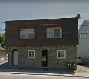 1 Bdrm Apt in Legal Triplex - 823 Montreal St. with own entrance