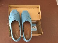 Toms shoes - brand new with tags