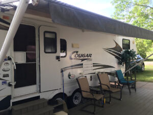 Fifth-Wheel for sale on Seasonal site