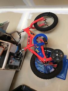 "Superman 12"" bicycle with training wheels"