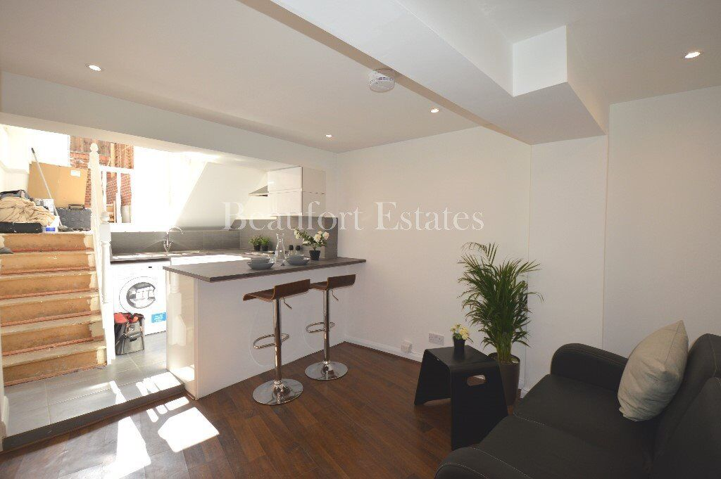 BRAND NEW 1 BEDROOM APARTMENT WITH PATIO CENTRALLY PLACED FOR THE AMENITIES OF CAMDEN & KENTISH TOWN