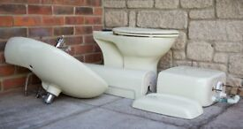 Duravit pale yellow pedestal sink and toilet & cistern with mixer tap - in very good condition