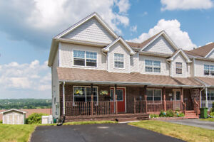 New Listing! Stylish, townhouse in Dartmouth