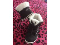 NEW hi-top style trainers size 3.5