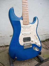 Fender Custom Shop USA Deluxe Stratocaster 2011 Candy Blue Flame Top Birdseye Maple