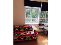 LARGE DOUBLE ROOM WITH PRIVATE BALCONY - ONLY 1 WEEKS RENT + 1 WEEKS DEPOSIT TO MOVE IN