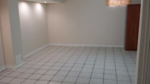 Available IMMEDIATELY Basement Apartment for Rent - MISSISSAUGA