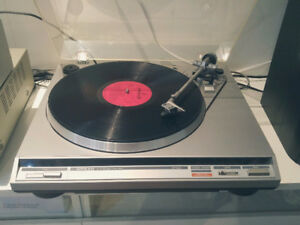 Onkyo CP-1022A auto return turn table fully working turntable