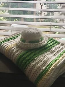 Stroller size crochet blanket and matching hat!