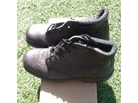 Totectors work boots size 8-42