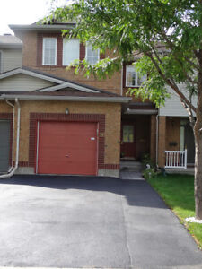 HUGE TOWNHOUSE FOR RENT IN NORTH KANATA