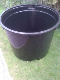 Excellent condition Preformed Pond for sale £45