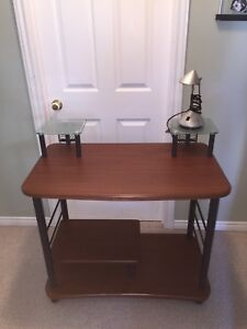 Great Condition Computer Desk Lamp Included!