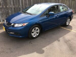 2014 Honda Civic LX, Auto, Heated Seats, Bluetooth, Only 57,000k
