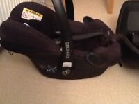 Maxi Cosi Pebble car seat, suits from birth to 18 months, very good cond