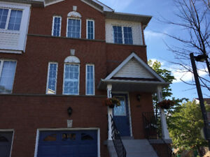 Four Bedroom spacious townhouse *Mississauga*