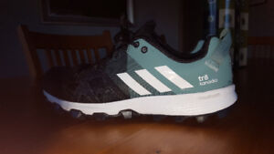 Adidas women's TR8 Kanadia runners size 7 1/2