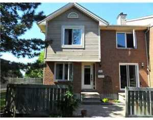 CLUB CITADELLE BEAUTIFULLY RENOVATED 3 BEDROOM END UNIT TOWNHOUS