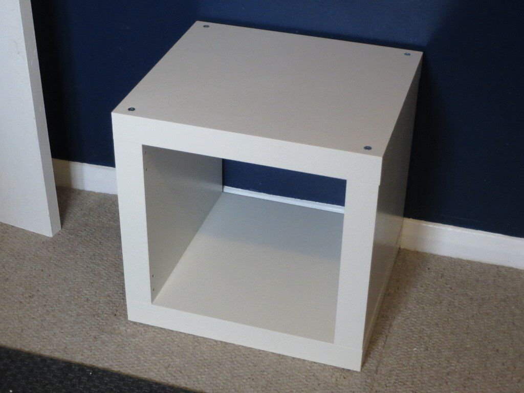 ikea expedit white single cube storage unit bedside table in laindon essex gumtree. Black Bedroom Furniture Sets. Home Design Ideas