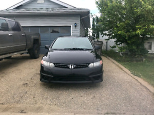 honda civic 2 doors Blake 77500 km Only a beautiful car