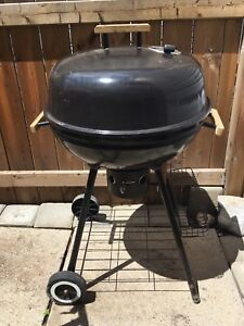 $$Reduced$$ Black charcoal BBQ