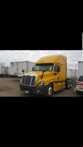 2012 Freightliner Cascadia - Perfect condition