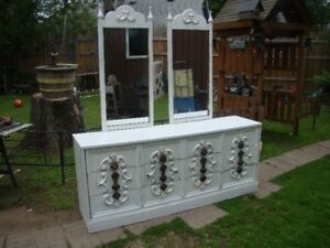 Large shabby chic 9 drawer dresser with duel mirrors