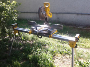"Dewalt 12"" dual bevel mitre saw with heavy duty stand"