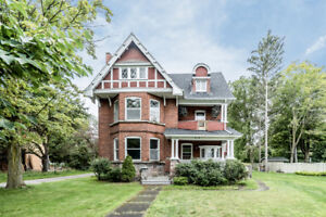 Rich in Character and History - 414 King Street, Midland