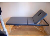 Great condition Massage bed, easy to assemble, has face hole and transportable bag.