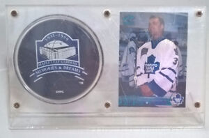 Memories and Dreams Maple Leaf Gardens 1931-1999 Souvenir