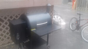 PRO SERIES 22 Grill-BLUE/TRAEGER  WOOD FIRED GRILL