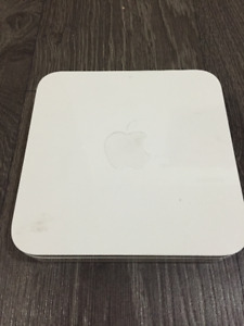 FS Airport Extreme Router (Base Station) - Perfect condition
