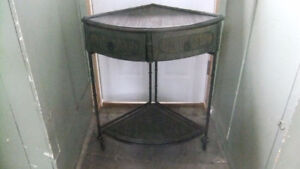 nice bamboo corner table with 2 drawers