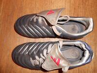 ADIDAS FOOTBALL BOOTS uk size 3 EU 35.5