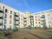 Modern 1 Bed Flat For Sale in Bush Hill Park EN1